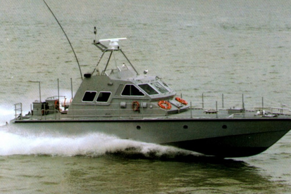 Mauric designs a fast patrol aluminium craft for Simmoneau Shipyard in France for a serie of Fast patrol craft for the Sri Lanka Navy. The 19m aluminium vessels propelled by waterjets reachs a top speed of more than 40kts.
