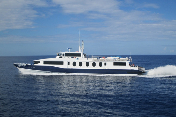 The 40m – 39kts – 250 passenger vessel MARIA GALANTA, is launched by Chantiers de L'esterel. This is the first Mauric Design in the field of high-speed passenger vessel. Equiped with three waterjets she is especially designed to maintain a high speed by high sea state. A first of a kind.