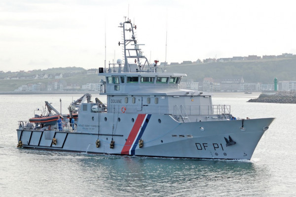 JACQUES OUDART FORMENTIN, a 44m OPV for French Customs, is the first design of MAURIC for its range of steel hull, aluminium superstructure Offshore Patrol Vessel developed with SOCARENAM Shipyard. This concept provides excellent seakeeping capabilities and relies on expertise of MAURIC for the design of fast and efficient full displacement hull forms.