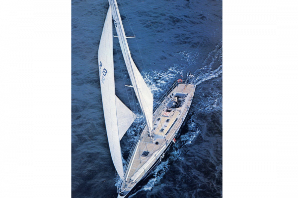 """Michel Malinovsky finishes at the second place of the """"Route du Rhum"""" for 38 seconds, with Kriter V, a 21m sloop designed by MAURIC."""