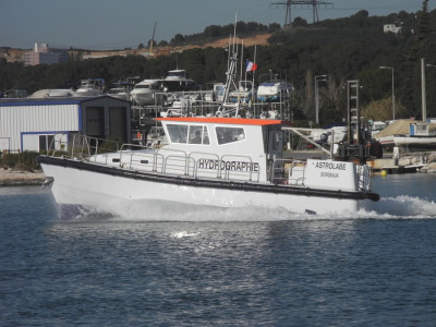 MAURIC-Hydrographic-Boat-121-1