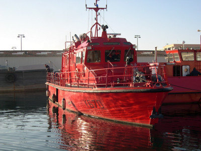 MAURIC-Fireboat-190-3